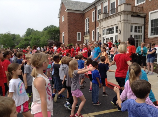 This is what it looks like when a WHOLE SCHOOL is outside dancing together!