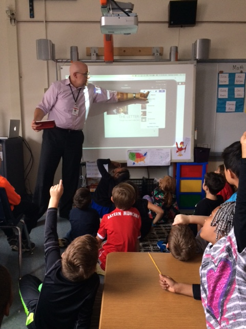 Kirkwood technology guru, Dr. Strecker, visited our classroom to introduce us to Keynote.